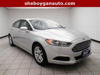 Ingot Silver 2015 Ford Fusion SE ** NEW TIRES, **