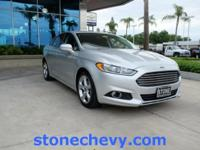 CARFAX One-Owner. 2015 Ford Fusion SE 6-Speed Automatic