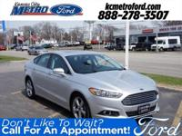 Ingot Silver 2015 Ford Fusion SE FWD 6-Speed Automatic