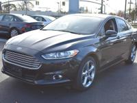 2015 Ford Fusion SE Black 2.5L iVCT Clean CARFAX. *NEW