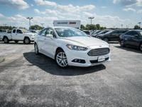 CARFAX One-Owner. Oxford White 2015 Ford Fusion SE FWD