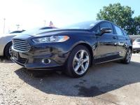 Options:  2015 Ford Fusion Se 4Dr