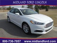 Options:  2015 Ford Fusion Se|White|Rear-View Camera!
