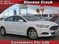 Options:  2015 Ford Fusion Se|White|2.5L Inline