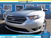 2015 FORD TAURUS SEL SEDAN! ABSOLUTE BEAUTY! THIS