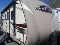 2015 Fun Finder F-214WSD Front Queen Dinette Slide Rear