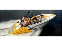 Boats Bowrider 4640 PSN. Plus a spacious cockpit for