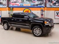 2015 GMC Sierra 1500 Denali 4X4  STUNNING BLACK ON