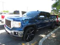 Options:  2015 Gmc Sierra 1500 Slt|4X4 Slt 4Dr Crew Cab