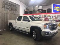 Here is a clean truck! This 2015 GMC Sierra offers