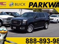 2015 GMC Yukon SLT Onyx Black V8CARFAX One-Owner. CLEAN
