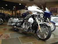 2015 Harley-Davidson CVO Street Glide CVO Street Glide!