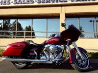 2015 Harley-Davidson Road Glide Wow Mysterious Red Road