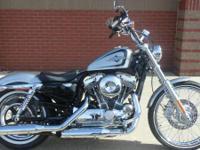 Bikes Sportster. 2015 Harley-Davidson Seventy-Two Call