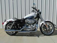 2015 Harley-Davidson SuperLow New 2015 Harley XL883L