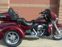 Trikes Harley-Davidson. 2015 Harley-Davidson Tri Glide