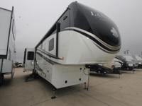 2015 Heartland Landmark Ashland Fifth Wheel - 6 Point