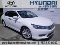 **LOCAL TRADE IN - NEVER A RENTAL!**, **MOONROOF**,