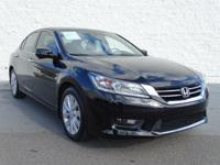 FUEL EFFICIENT 34 MPG Hwy/21 MPG City! CARFAX 1-Owner,