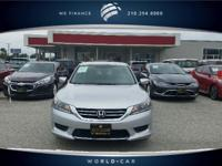 FUEL EFFICIENT 36 MPG Hwy/27 MPG City! CARFAX 1-Owner.