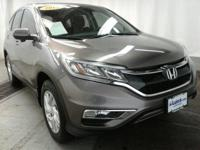 Boasts 33 Highway MPG and 26 City MPG! This Honda CR-V