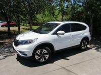 This 2015 Honda CR-V 4dr 2WD 5dr Touring features a