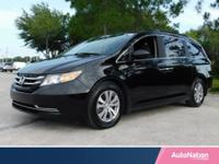 Sun/Moonroof,Leather Seats,Navigation System,3rd Row