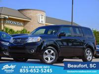 2015 Honda Pilot in Black. Fuel Frugality. Like new. In