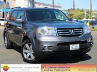 NAVIGATION, ENTERTAINMENT SYSTEM, and MP3 Capable. Lots