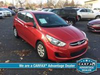 FUEL EFFICIENT 37 MPG Hwy/26 MPG City! CARFAX 1-Owner,