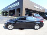 EPA 38 MPG Hwy/28 MPG City! CARFAX 1-Owner, LOW MILES -
