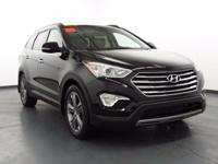 2015 Hyundai Santa Fe AUX/USB PORT, AWD, LOW MILES,