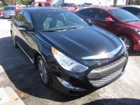 Heated Leather Seats, Moonroof, Nav System, Hybrid,