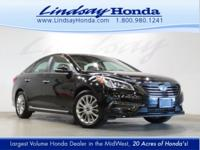 OVERVIEW This 2015 Hyundai Sonata 4dr Limited features