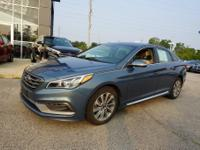 2015 Hyundai Sonata Sport CARFAX One-Owner. Bluetooth