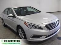 2015 Hyundai Sonata SE Popular Equipment Package