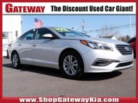 gray Cloth. Clean CARFAX.Silver 2015 Hyundai Sonata SE