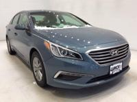 Options:  2015 Hyundai Sonata Se|Blue|*Alloys -