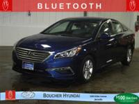 BLUETOOTH - NON-SMOKER - KEYLESS ENTRY  1-OWNER CLEAN
