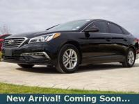 2015 Hyundai Sonata SE in Phantom Black, This Sonata