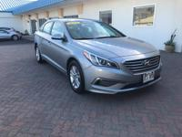 This 2015 Hyundai Sonata 2.4L SE is proudly offered by