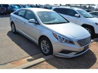 We are excited to offer this 2015 Hyundai Sonata. Drive