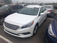 This 2015 Hyundai Sonata 2.4L SE is offered to you for