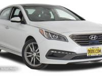 **ONE OWNER CLEAN CARFAX **. Sonata Sport 2.0 Turbo!