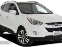**ONE OWNER CLEAN CARFAX **. Tucson Limited, Alloy