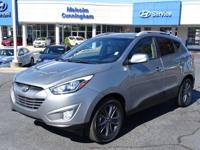 Come see this 2015 Hyundai Tucson SE. Its Automatic