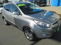 Options:  2015 Hyundai Tucson||Fwd 4Dr Se|2.4L 4