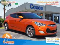 This 2015 Hyundai Veloster in Pearl features: Recent