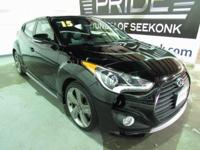 6 speed! Turbocharged! This Veloster has new front