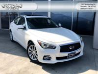CARFAX One-Owner. Clean CARFAX. Moonlight White 2015